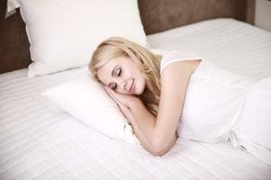 Why and How Sleep Improves Your Athletic Performance