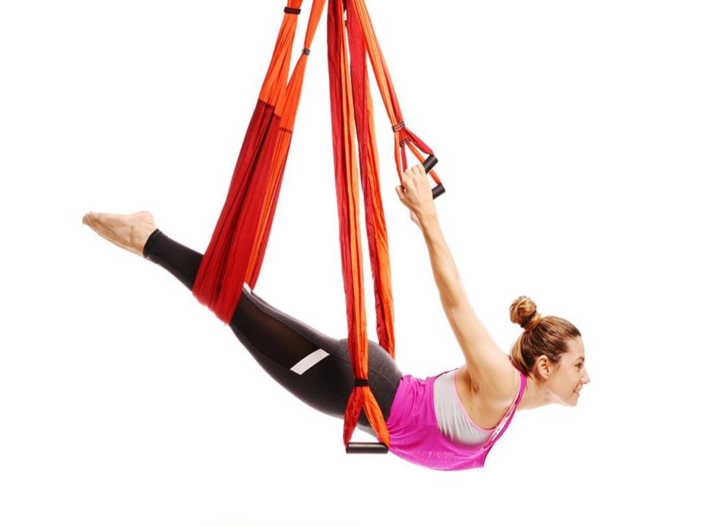 737710d83c 10 Best Aerial Yoga Swing & Yoga Trapeze Hammocks Of 2019 - The ...